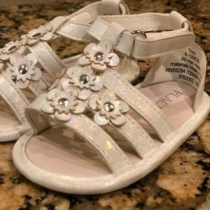 🎀 4 For $25 Children's Place Iridescent Sandals